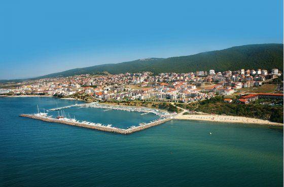 С наступлением летнего сезона остро встает вопрос экономии средств на отдыхе. Недвижимость в Болгарии - аренда и покупка хороший выход.